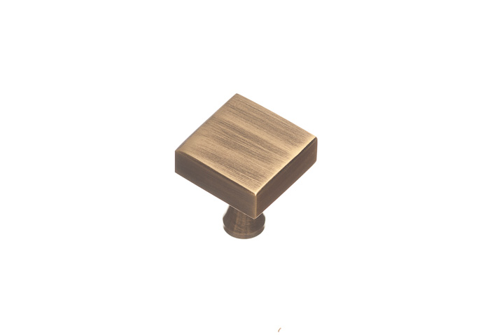 "Colonial Bronze 120-10B 1"" Square Knob - Oil Rubbed Bronze"