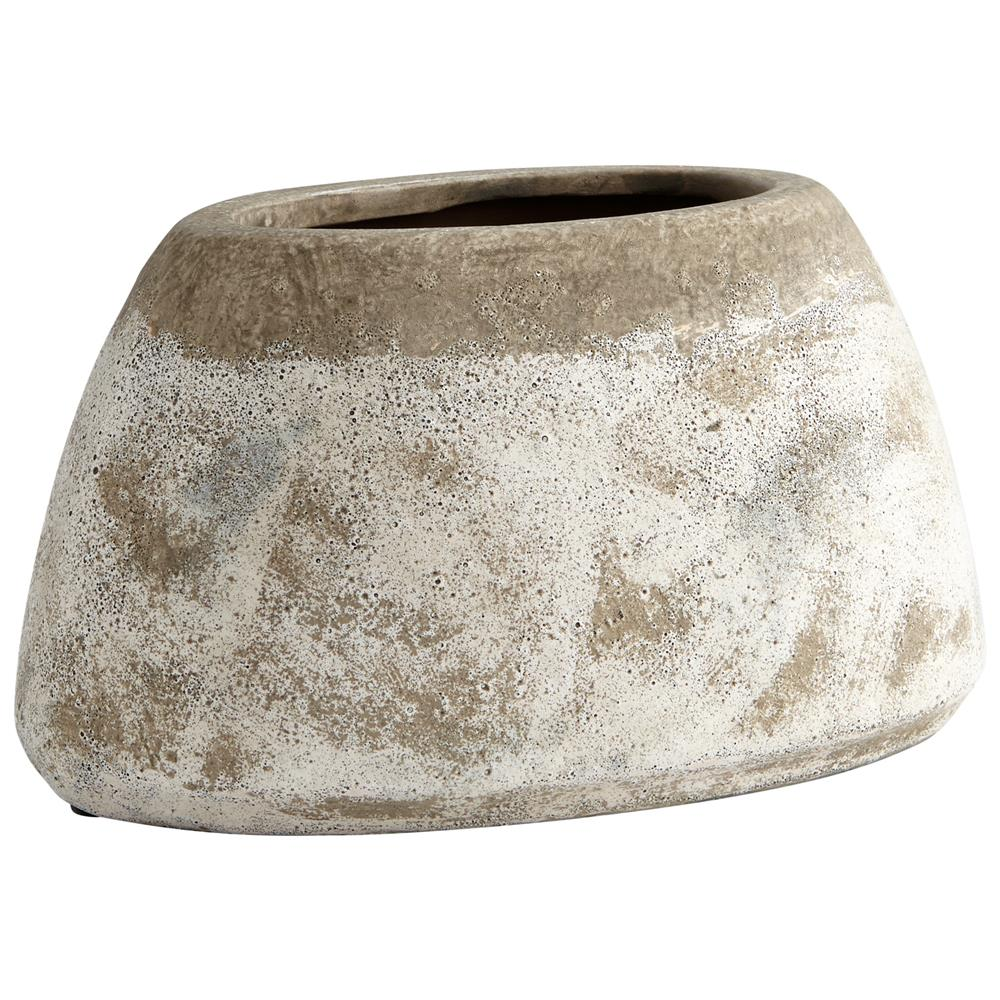 Cyan Design 08404 Small Stoney Planter in Ash Stone