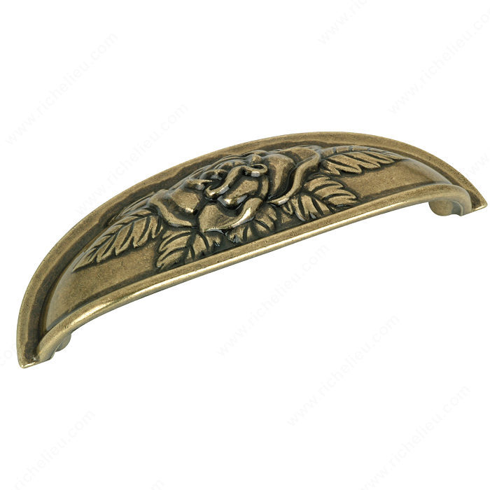 Richelieu Hardware BP26956AE Classic Metal Cup Pull - 2695 in Antique English