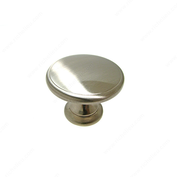 Richelieu Hardware BP81224195 Classic Metal Knob - 812 in Brushed Nickel