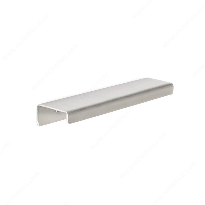 Richelieu BP57606170 Contemporary Stainless Steel Edge Pull - 576