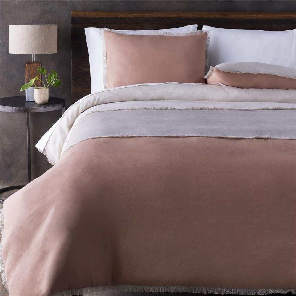 Surya KTL1000-FQSET Knightley Full / Queen Linen Set